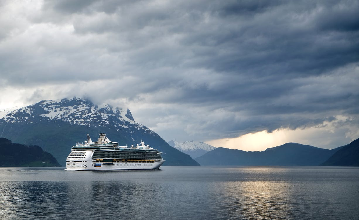 Ten Signs You're Addicted to Cruises